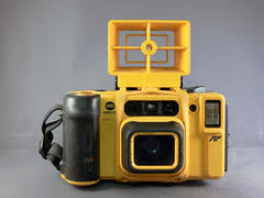 Minolta Weathermatic 35 DL - Camera-wiki.org - The free camera ...