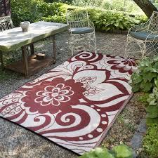 outdoor plastic rugs modern patio