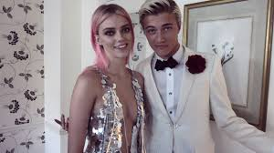 Lucky Blue & Pyper America Ready for Met Gala 2016 - YouTube
