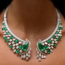 gorgeous diamond emerald necklace