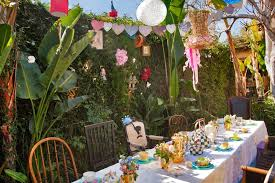 in wonderland theme birthday party ideas