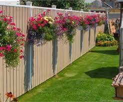 15 Grand Ideas For Gardening With Antiques Fence Landscaping Privacy Fence Landscaping Cottage Garden Design