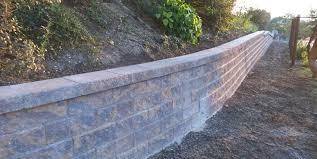 retaining wall contractor repair