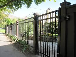 Using Trex Posts With Ornamental Fencing Trex Fencing The Composite Alternative To Wood Vinyl