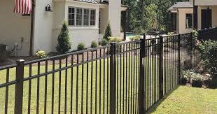 The Pros And Cons Of Aluminum Fencing