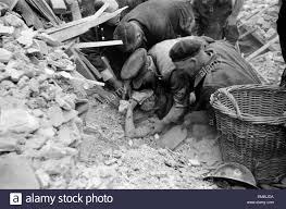 Rescue of Mrs Elsie Smith from remains of her home, 2 Whitta Road Stock  Photo - Alamy