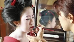 geisha lessons teach the art of glamour