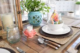 cottage farmhouse table decorating
