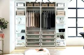 how to organize my walk in closet