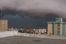 Mira la panorámica del nubarrón que se formó antes del aguacero en ...