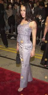 """Photos and Pictures - Tsianina Joelson at the premiere of Universal's """"ERIN  BROCKOVICH"""" in Westwood, 03-14-00"""