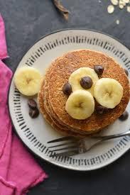 healthy banana oat pancakes low