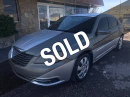 2016 used chrysler 200 4dr sedan lx at