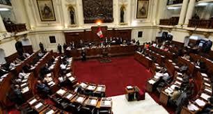 Perú: Congreso aprueba paridad y alternancia de género en candidatos a elecciones