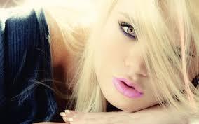 صور بنات شقر جميلات هل الاشقر يناسب كل درجات البشرة الحبيب للحبيب