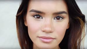makeup trends to brush