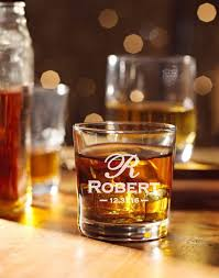 whiskey glasses wedding groomsmen