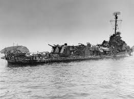 File:USS Aaron Ward (DM-34) damaged by kamikazes, May 1945.jpg - Wikimedia  Commons