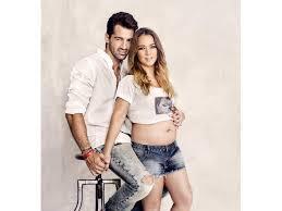 Adamari López anuncia en Facebook que está embarazada