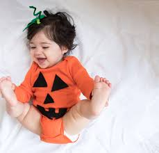 no sew diy pumpkin baby baby costume