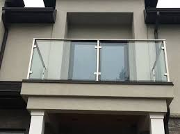 2019 best modern balcony glass railing