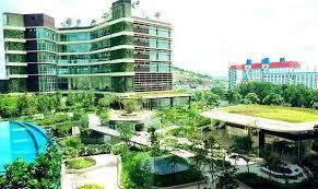 luxury hotels near legoland msia