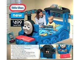 the train and friends 4 toddler bed set