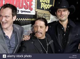 QUENTIN TARANTINO DANNY TREJO & ROBERT RODRIGUEZ GRINDHOUSE FILM PREMIERE  DOWNTOWN LOS ANGELES USA 26. März 2007 Stockfotografie - Alamy