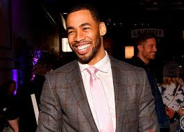 Mike Johnson Reacts to 'Bachelor' Announcement - PureWow