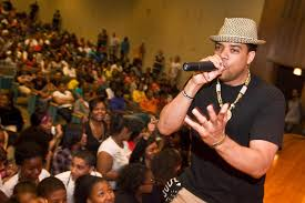 Mike-E and AfroFlow mix anti-smoking message with hip-hop - News - Journal  Star - Peoria, IL