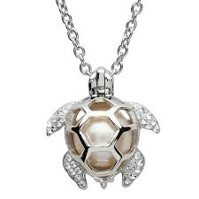 turtle necklace with pearl white