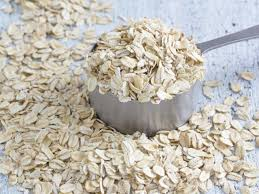 9 simple homemade oatmeal face mask for