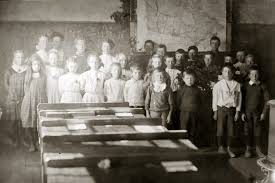 A century ago, Summerland had numerous small schools – Keremeos Review