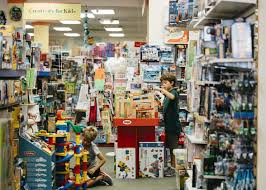 toy s are thriving while toys r us