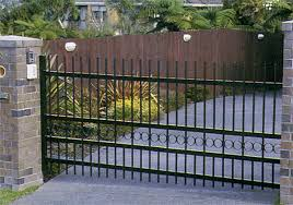 Aluminium Fencing And Gates