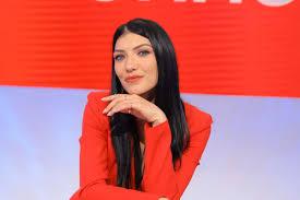 Giovanna Abate: chi è, età, altezza, peso, Instagram e lavoro ...
