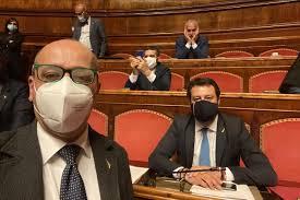 Salvini in diretta dal Senato: