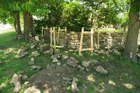 Building History Stone Fences On The Native Stone Scenic Byway