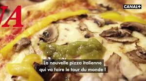"""Coronavirus, il video francese sulla """"pizza corona"""" scatena le ..."""