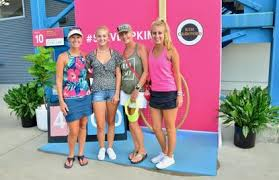 Tennis Fashion Report: Here's What the Fans Are Wearing | WKRC