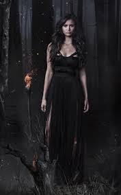 خلفية الممثلة الجميلة من فلم مصاص الدماء بدقة عالية Hd
