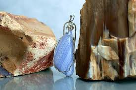 blue crystal necklace large lace agate