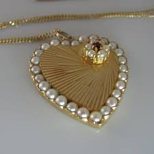 14k gold and pearl pendant the