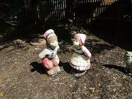 dutch boy girl garden statue yard art