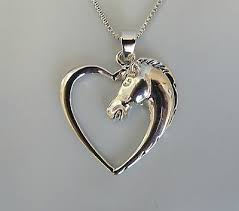 heart shape pendant necklace silver