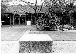 abstract modern style of garden design
