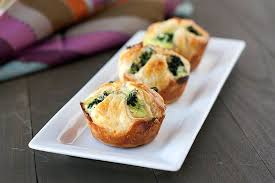 spinach puffs handle the heat