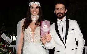 Seda Tosun evlendi! Mucize filmiyle adını duyurmuştu - Internet Haber