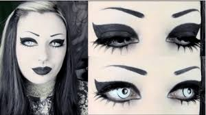 makeup look with gothic eye makeup tips