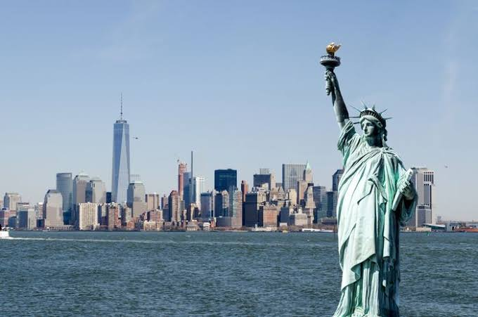 "Hasil gambar untuk patung liberty"""